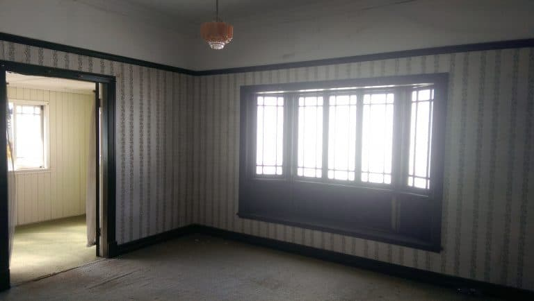 House 37 3