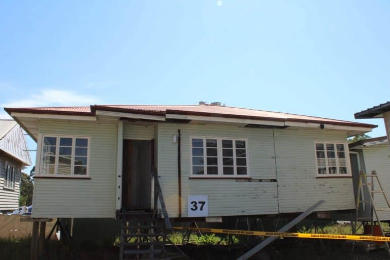 House 37 front RS
