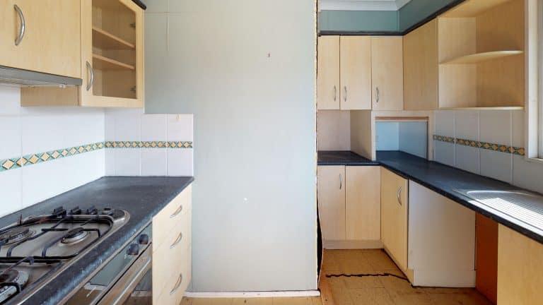 House-48-Kitchen (2) (wecompress.com)