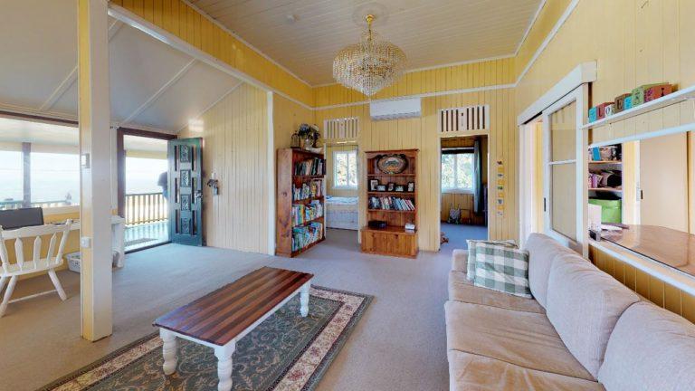 Meeka-Living-Room