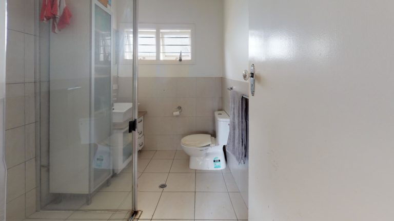 Nina-Bathroom