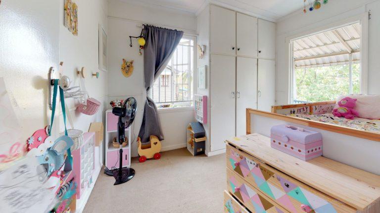 Nina-Bedroom(2)