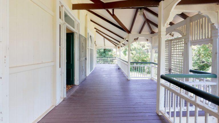 111-The-esplanade-Corridor