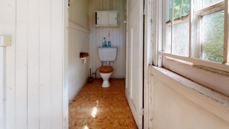 Nundah-Bathroom(1)