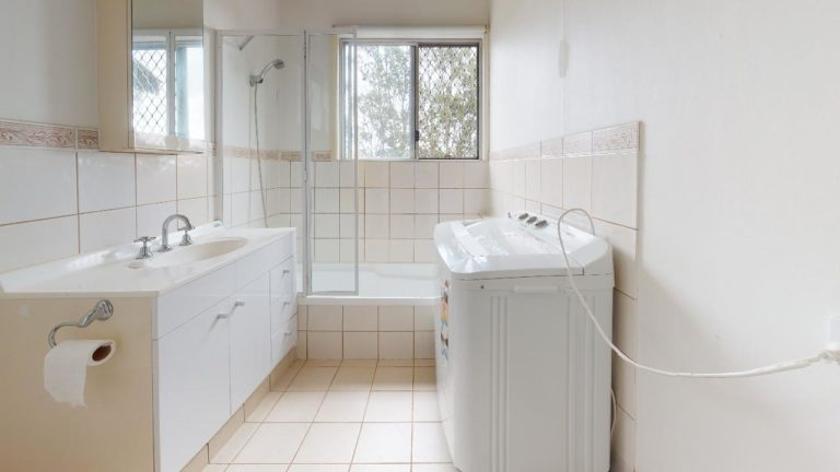 Stanmore-Bathroom