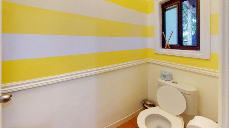 Lillian-Bathroom(2)