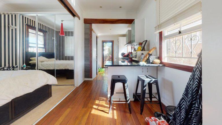Gingerbread-house-Bedroom(1)