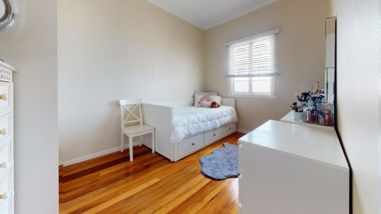 Eastwell-Estate-Bedroom(2)