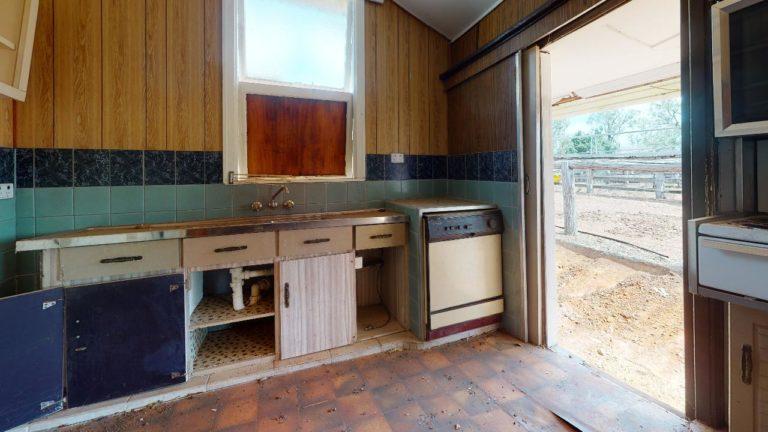 Pine-View-Kitchen