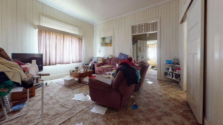 Green-slopes-Living-Room