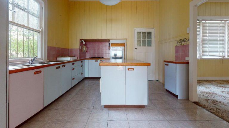 Alderly-2-Kitchen