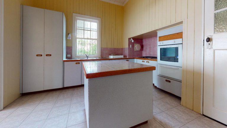 Alderly-2-Kitchen(1)