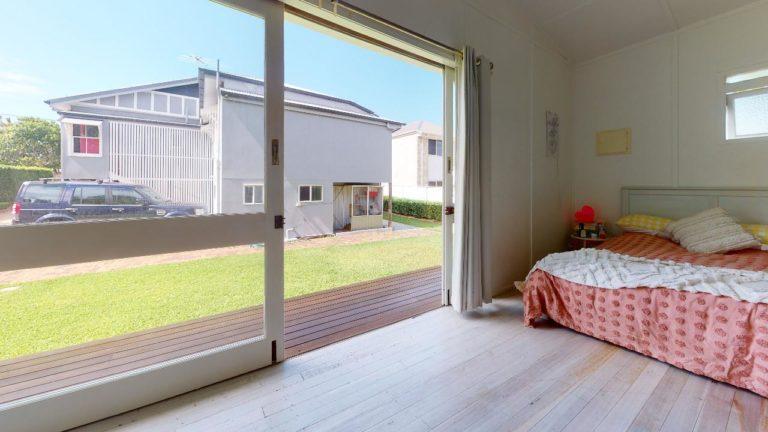 Sander-Flat-Bedroom(2)