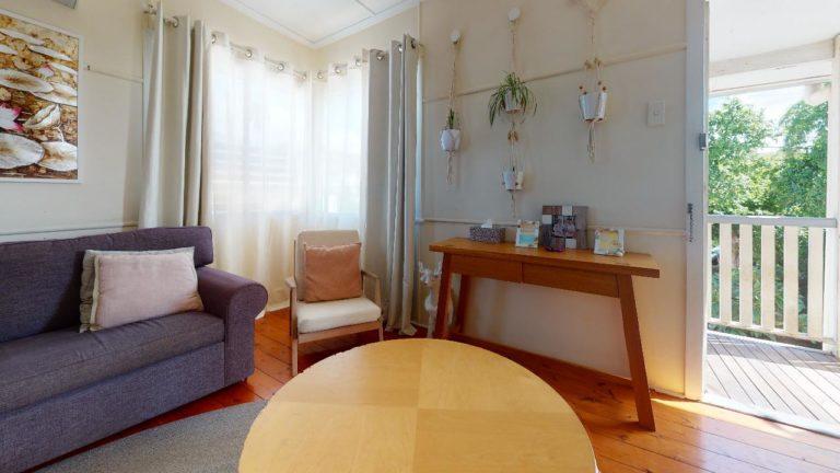 Upper-Mt-Gravatt-Living-Room(1)