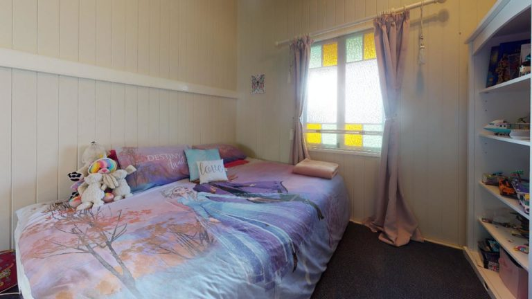Urangan-Bedroom(1)
