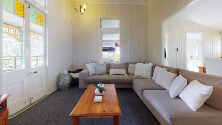 Urangan-Living-Room