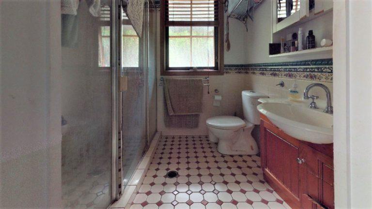 Bunya-Bathroom(1)