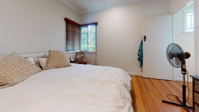 Corinda-Bedroom(1)