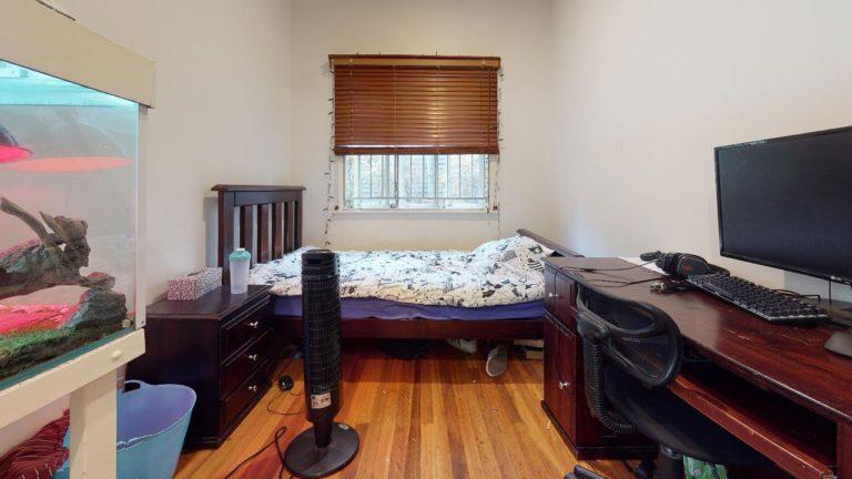 Corinda-Bedroom(2)
