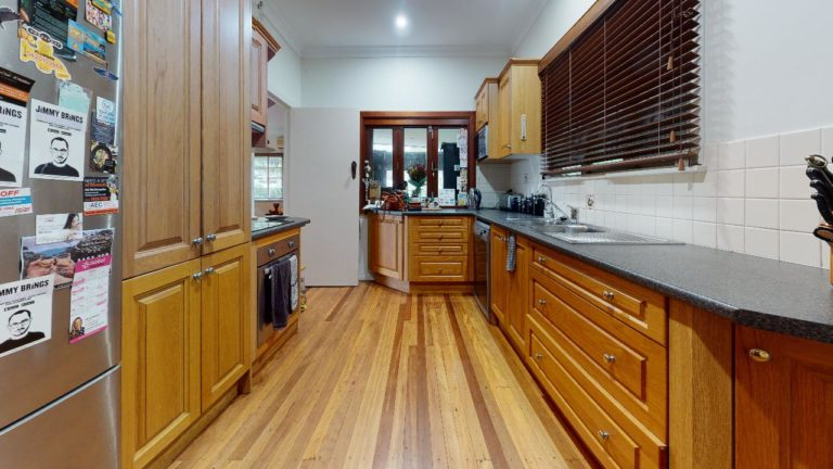 Corinda-Kitchen