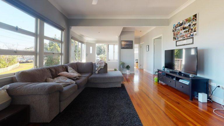 Mt-Gravatt-Living-Room